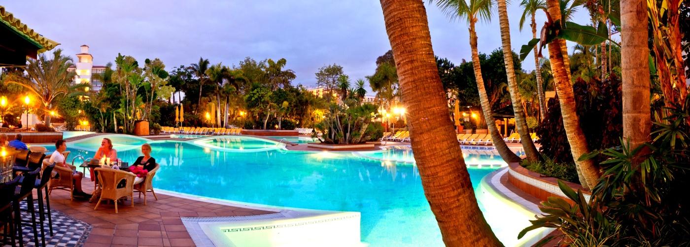 Vista piscina Park Club Europe
